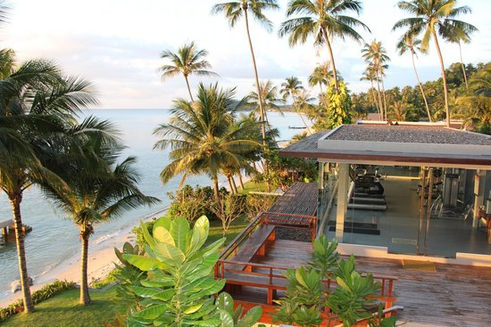 InterContinental Samui Baan Taling Ngam Resort: The gym with a view!