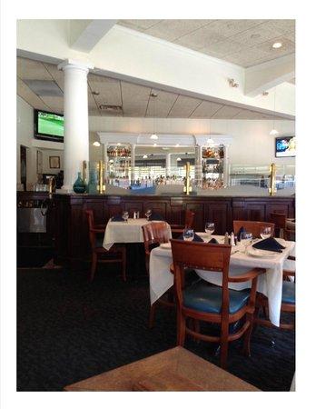Aegean Restaurant: Bar