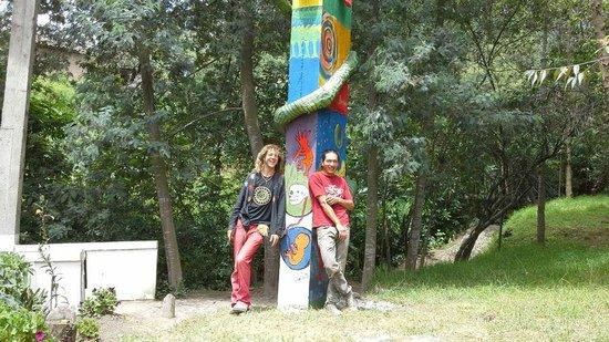 Hostal Aya Huma: Sculpture at Aya-Huma