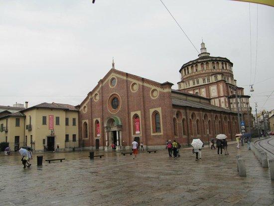 Il Cenacolo: A entrada fica no prédio à esquerda