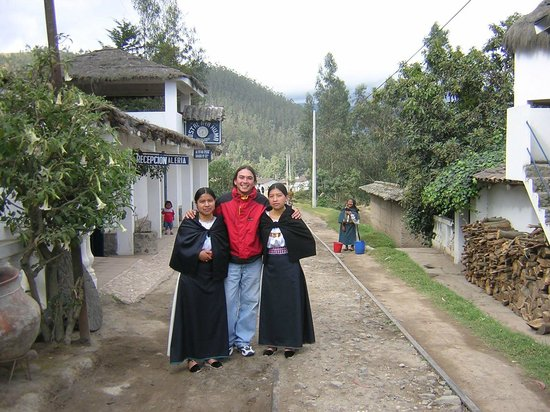 Hostal Aya Huma : Otavalo traditional costume