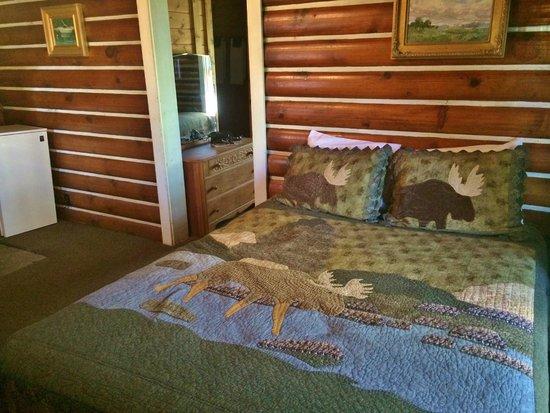 Redfish Lake Lodge : Rustic Cabin #2