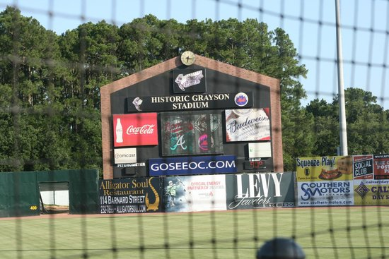 Comfort Suites Historic District: GRAYSON STADIUM