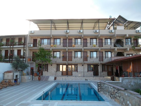Ozturk Hotel