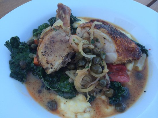 King Estate Winery: Chicken with polenta