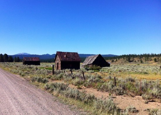 Sumpter Valley Dredge: Whitney, Oregon Ghost Town