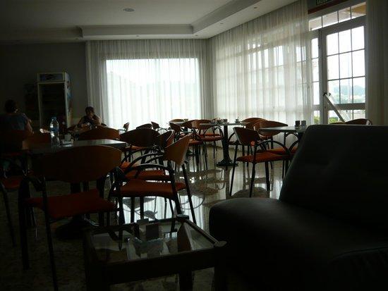 Hotel Ria Mar: En bar .