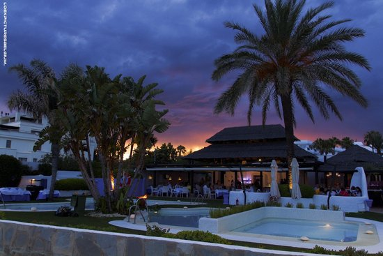 IBEROSTAR Marbella Coral Beach: Speciale evening -