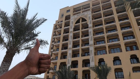 DoubleTree by Hilton Resort & Spa Marjan Island: thumbs up from the pool