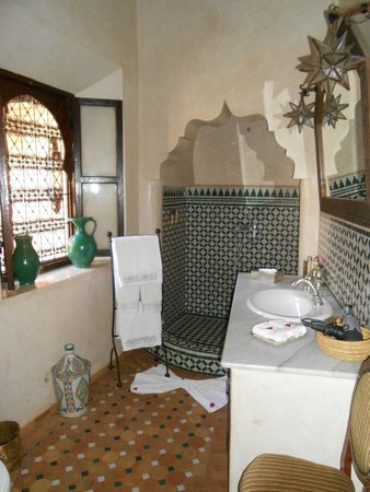 Riad Ilayka : Il bagno