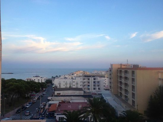 Invisa Hotel Ereso : view looking down to the beach from the room