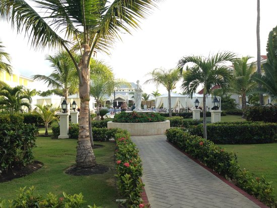 Luxury Bahia Principe Esmeralda Don Pablo Collection : :)