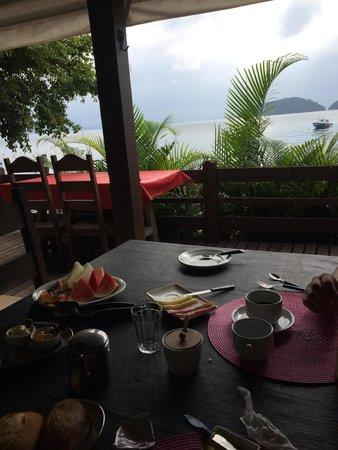 Pousada Cruzoé: Vista do Café da manhã