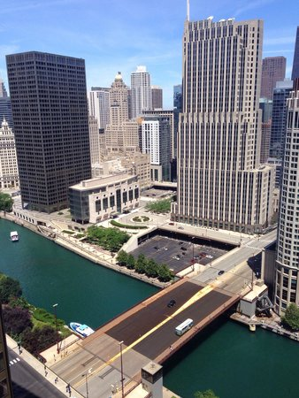 Swissotel Chicago: The view from our room