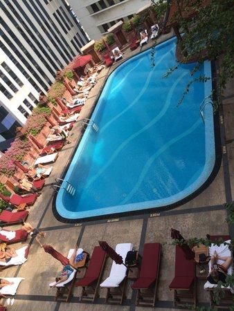 Landmark Bangkok : Swimming Pool