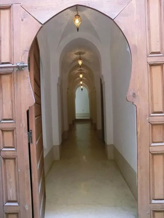 Riad Snan13: entrance