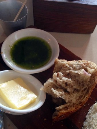 The Outsider Restaurant: Hearty bread!