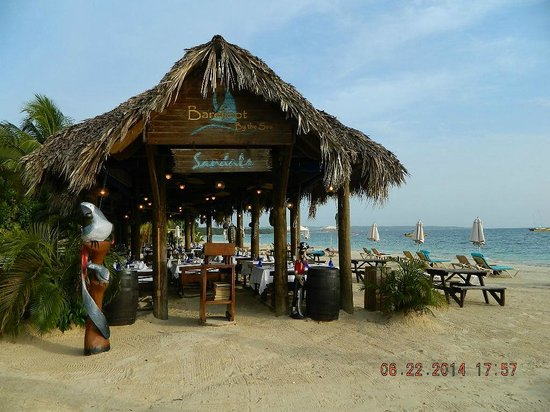 Sandals Negril Beach Resort & Spa: Barefoot by the sea