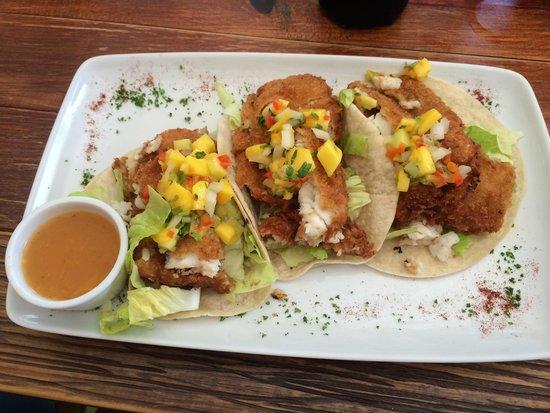 Mango Café Isla: Delicious Fish Tacos