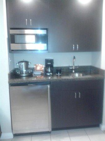DoubleTree Resort by Hilton Hollywood Beach: Cozinha prática e funcional