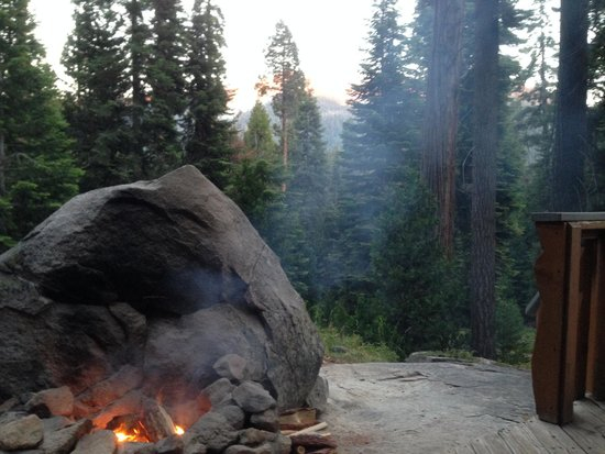 Silver City Mountain Resort: Outdoor fireplace