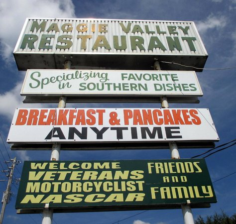 The Maggie Valley Restaurant: Sign