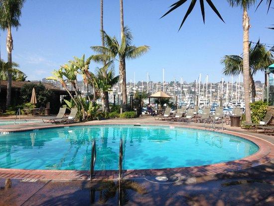 Best Western Plus Island Palms Hotel & Marina: pool and jacuzzi