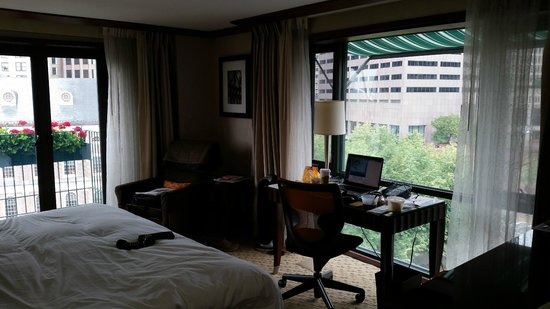 The Bostonian Boston: Inside our room