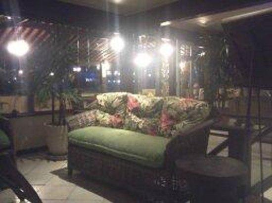 La Boheme Hotel e Apart Hotel: area de descanso