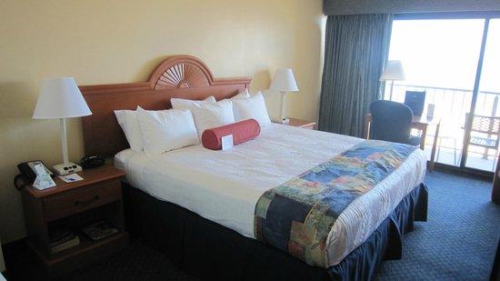 BEST WESTERN PLUS Oceanfront Virginia Beach: La chambre