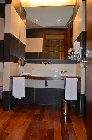 Hotel M'Ar De AR Aqueduto -Évora(suite)
