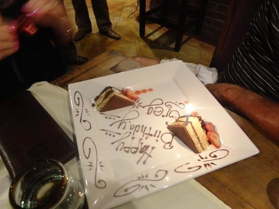 Don Sanchez Restaurante: nice finish for the bday boy!!