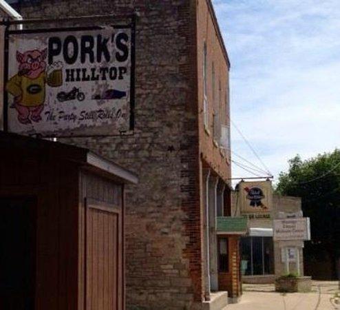 De Soto, WI: Front of Pork's Hilltop