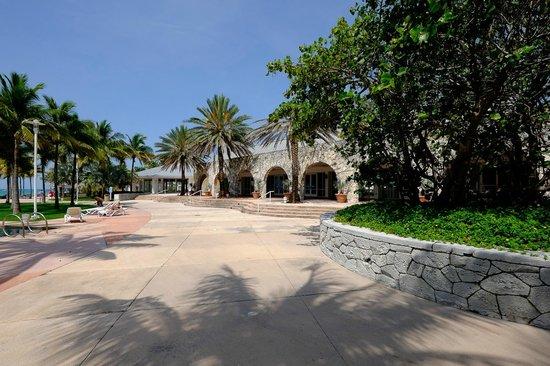 Grand Lucayan, Bahamas: Convention