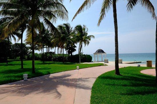Grand Lucayan, Bahamas: Gazebo