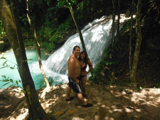 Real Tours Jamaica - Day Tours: Secret Falls