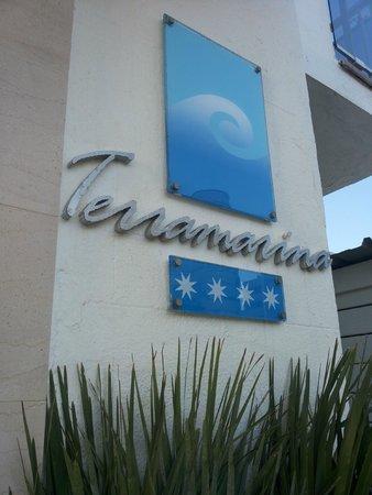 Hotel Terramarina : Entrada.