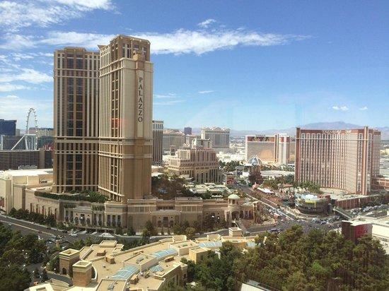 Wynn Las Vegas : View from Room 2968