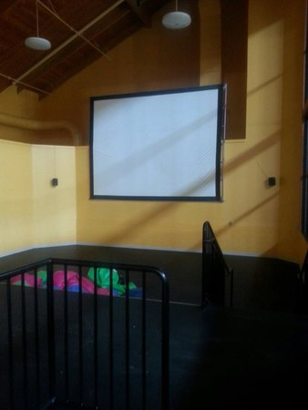 Three Bears Resort: Movie Room.
