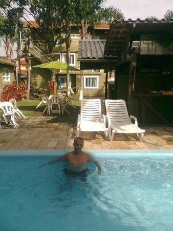 Pousada Banana House: área da piscina