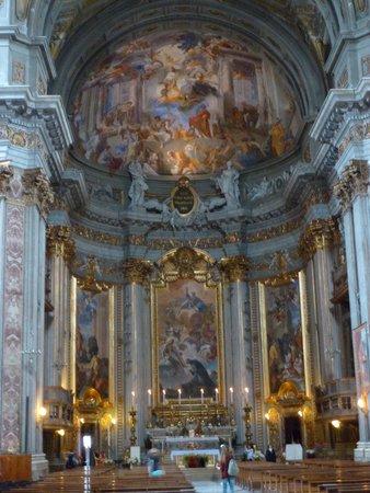 Chiesa di Sant'Ignazio di Loyola: Altar