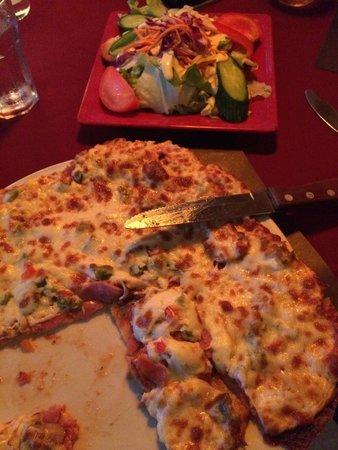 Le Cuisto - Resto Lounge : Pizza et combo salade César!