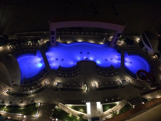 Beach Palace: Nighttime view from 1104