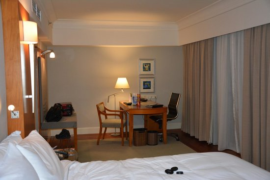 Fairmont Singapore: Room Photo 2