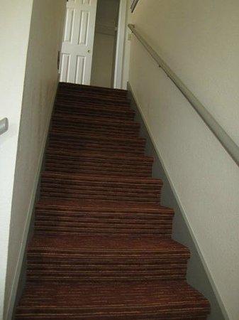 Residence Inn Santa Fe: Stairs up to loft