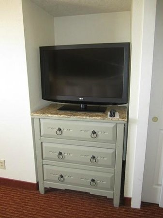 Residence Inn Santa Fe: Upstairs TV.  I liked the furniture