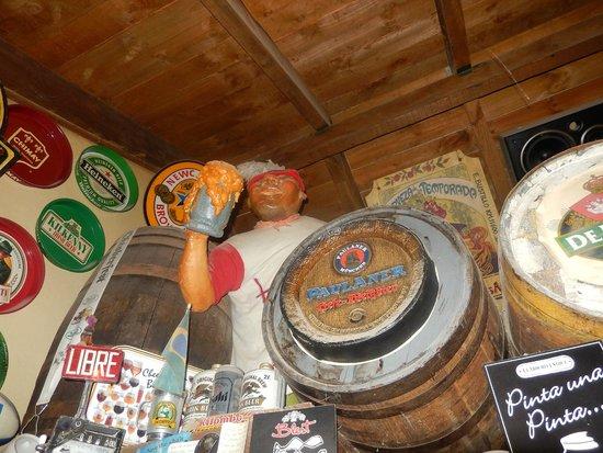 Cerveceria Blest: Decoração do salão