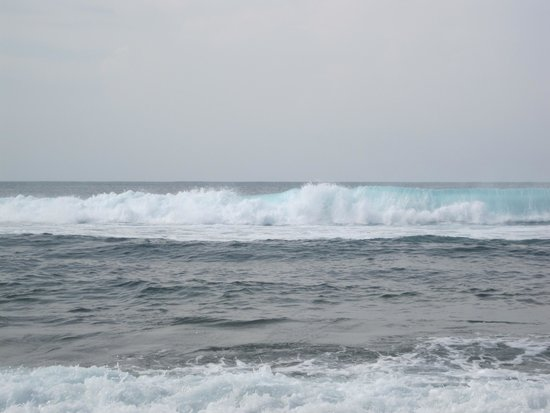 Balangan Beach: ombak pantai Balangan