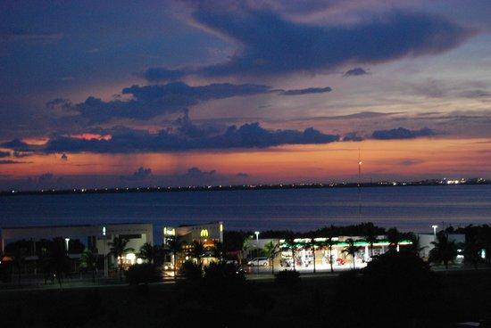 Paradisus Cancun: Lagoon View