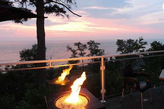 Auberge de la Pointe : Best reason to stay:  terrace view